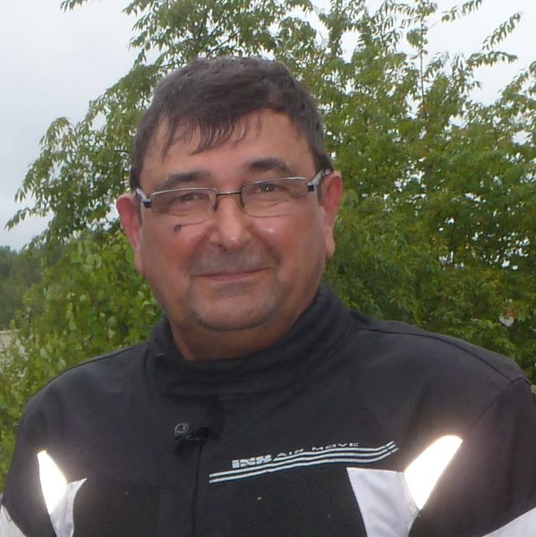 Daniel.Jouzeau (dan); Suzuki sv650 noire et rouge