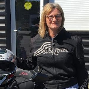 Yvonne Bourgitteau-Guiard-Picelli;  600 Fazer noir